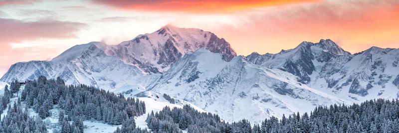 Panorama coloré du Mont Blanc