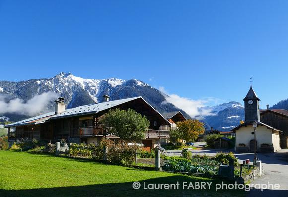 Photo arclusaz beaufortain sous la neige entre automne - Beaufort sur doron office du tourisme ...